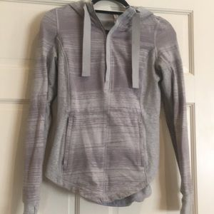 Lululemon Sweatshirt Top with hoodie